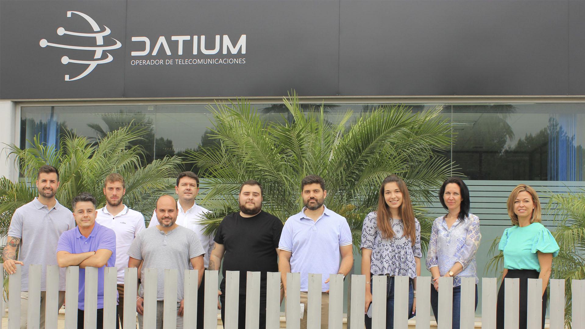 Equipo-Datium-telecomunicaciones